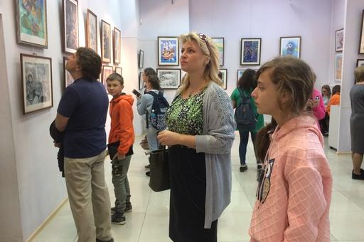 """Открытие традиционной выставки """"Учитель. Ученик""""."""